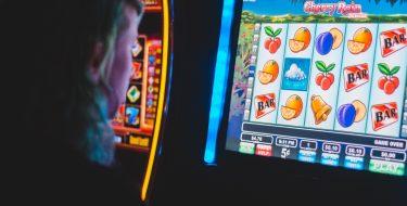 Azzardo: il PD partecipa al presidio per la Difesa della Legge contro il Gioco d'azzardo