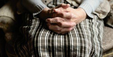 Approvata la proposta Gallo: la tutela degli anziani vittime di truffe è legge