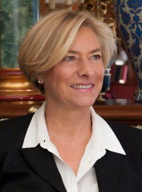 23/02. La Ministra della Difesa Roberta Pinotti a Biella, Novara e Vercelli