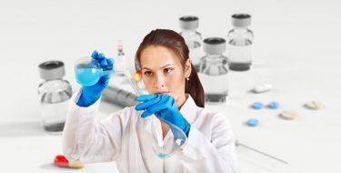 Preoccupazioni sulle prospettive e ritardi sui tamponi. Attenzione alta sui vaccini